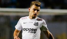 Santos notifica FIFA alegando assédio do Barcelona a Lucas Lima