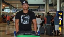 Welthon regressa do Brasil com futuro em aberto