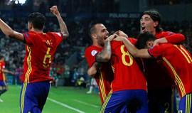 Espanha bate Itália e defronta Alemanha na final