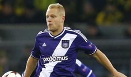 Jogador do Anderlecht multado por apostar contra a sua equipa diante do Benfica