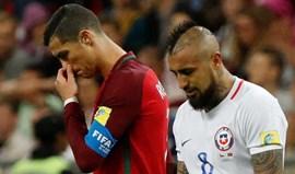 Arturo Vidal põe os pontos nos 'is' na polémica com Ronaldo