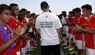 Jogadores do Benfica dão grande exemplo de fair play frente ao Sporting
