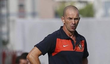 Filipe Ramos chama 20 jogadores