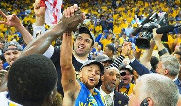Novos campeões da NBA festejaram desta forma