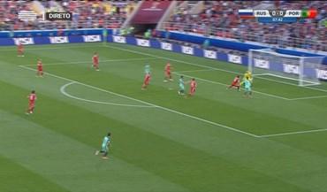 Guerreiro cruzou e Ronaldo... fez o habitual