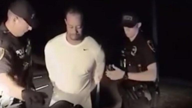 Polícia divulga vídeo da detenção de Tiger Woods