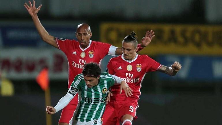 Krovinovic já está em Lisboa para assinar pelo Benfica — FOTOS