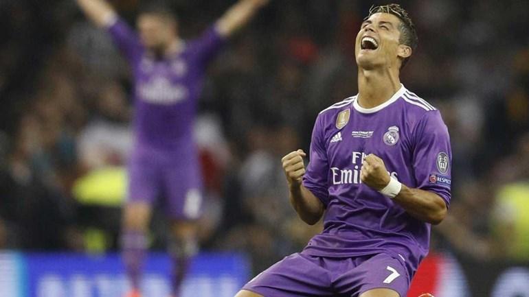 Clube alemão tenta convencer Ronaldo com... cerveja grátis para sempre