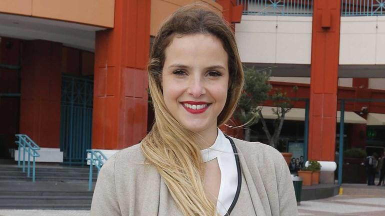 Margarida Neuparth ajuda bombeiros