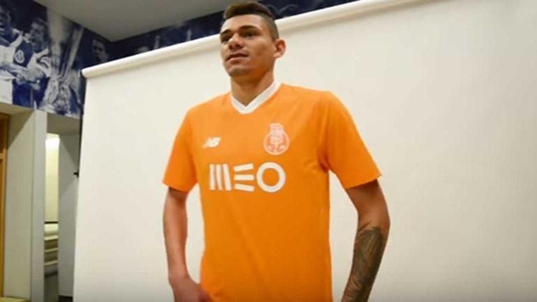 Aí estão os novos 'fatos de trabalho' do FC Porto