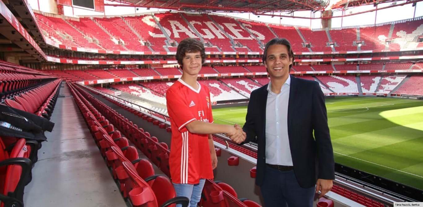 Benfica oficializa Pedro Silva