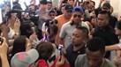 Loucura na chegada de Ronaldo a Singapura