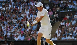 Andy Murray qualifica-se para a terceira ronda