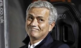 Mourinho 'chumbou' Lacazette por causa de três pormenores...