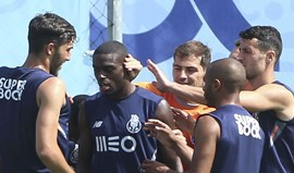 Stoke City negoceia Martins Indi