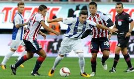 Chivas-FC Porto, 2-2