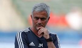 Mourinho queria quatro jogadores... mas prepara-se para ter apenas três