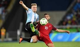 Argentinos falam em luta entre Benfica e Sporting por médio defensivo