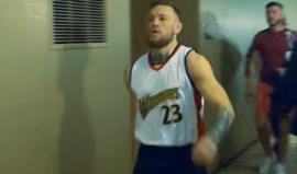 Draymond Green para McGregor: «Tira essa camisola!»