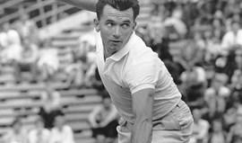 Morreu ex-tenista Mervyn Rose