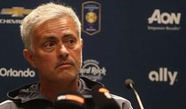 Mourinho admite estar à espera de boas notícias