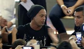 Ronaldinho: «Neymar? Só posso dizer que siga o coração e seja feliz»