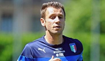 Hellas Verona confirma rescisão amigável com Cassano