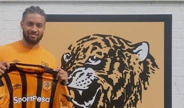 Michael Hector segue para o Hull City e já vai no... 14.º empréstimo