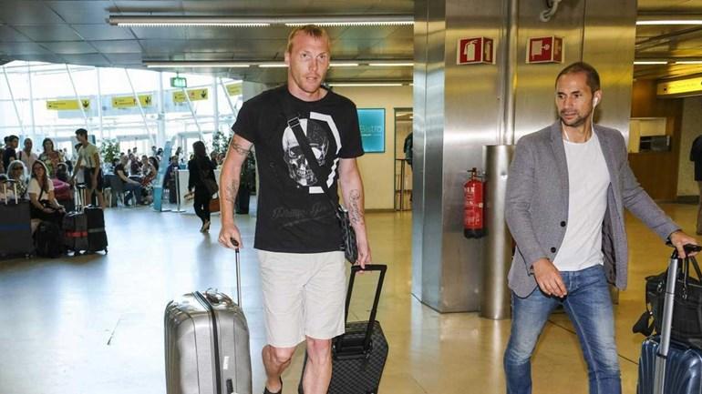 Barcelona autoriza Mathieu treinar no Sporting nas férias