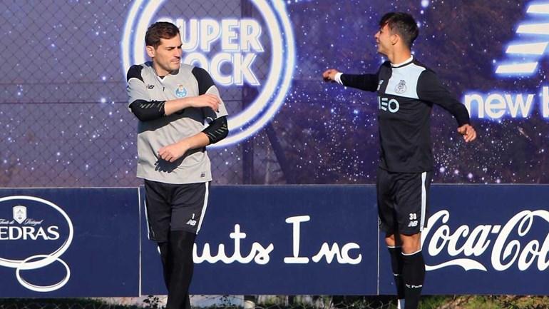 Iker Casillas vai ficar no FC Porto