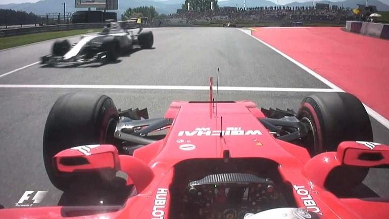 Agora as pistas de Fórmula 1 têm dois sentidos... e não avisaram Vettel?