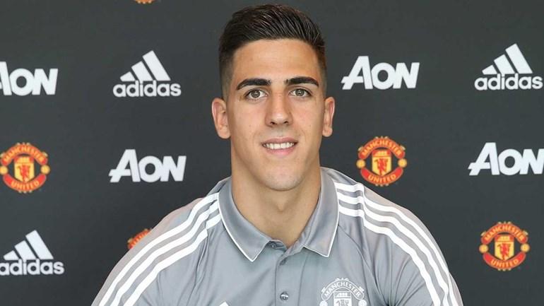 Joel Pereira renova com o Manchester United