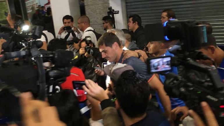 Vaná é novidade na partida do FC Porto para o México