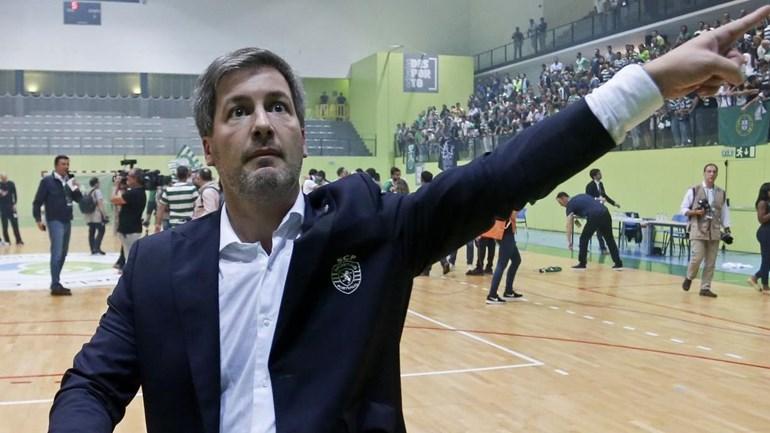 Bruno de Carvalho absolvido de participações do Benfica