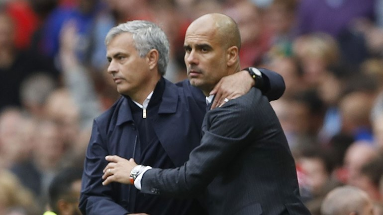 Mourinho vence Guardiola (2-0) e Ederson tem culpas no primeiro golo