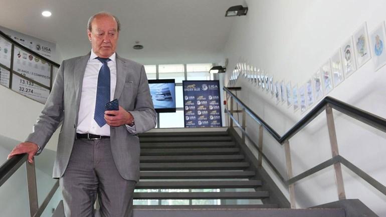 Pinto da Costa internado nas urgências do Hospital S. João