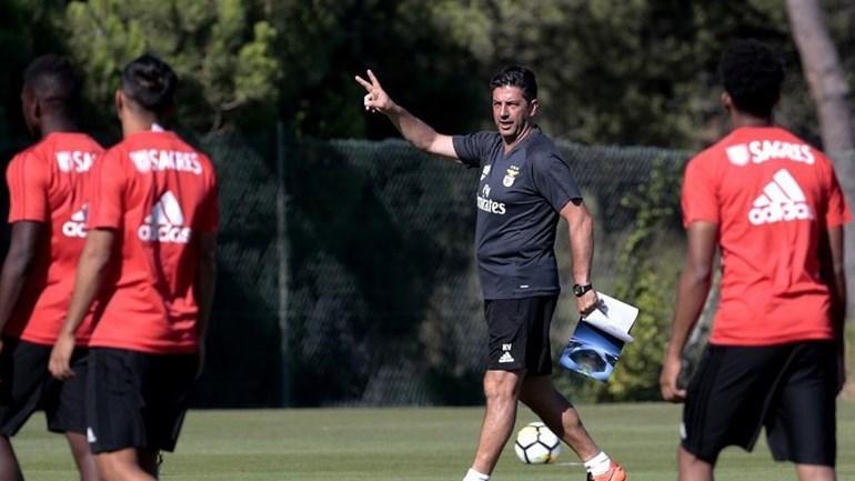 Boas notícias para Rui Vitória: Salvio e Grimaldo já trabalham sem limitações