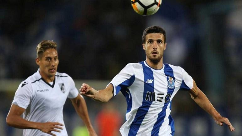Apesar do interesse vindo de Espanha, Marcano quer ficar no FC Porto