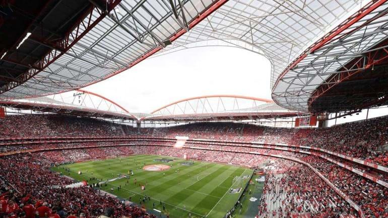 Aprovado estádio da Luz para jogo com Braga