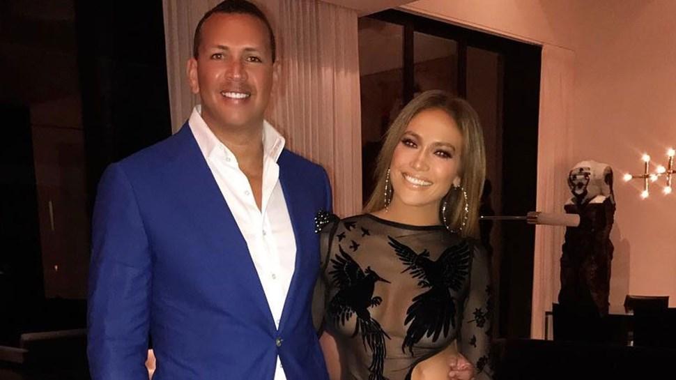 Jennifer Lopez em forma na festa de aniversário
