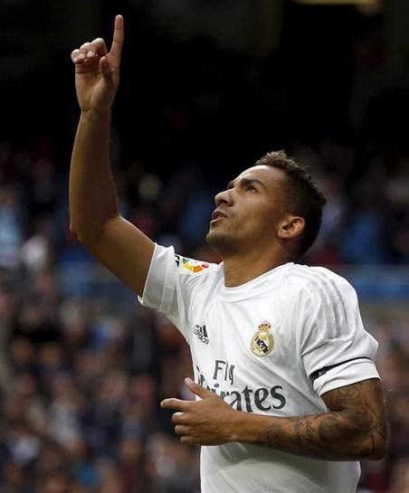 Zidane anuncia saída do lateral Danilo do Real Madrid