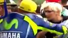 Ministra checa tentou aproximar-se de Rossi e levou um... empurrão