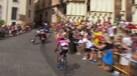 Vuelta'2017: O momento em que Rafael Reis foi abalroado por uma moto