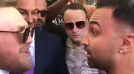 O reencontro 'escaldante' entre McGregor e Paul Malignaggi em Las Vegas