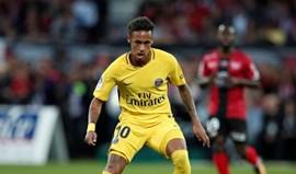 Neymar estreia-se no PSG a todo o gás com golo e assistência