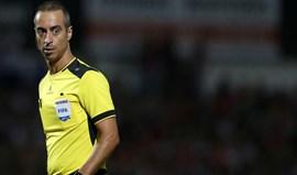 Árbitro revela as prendas que recebeu no Chaves-Benfica