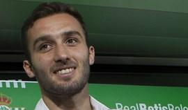 German Pezzella vai jogar uma época na Fiorentina por empréstimo do Betis