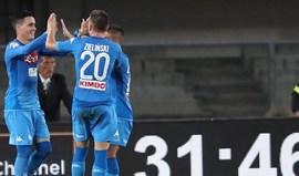 Nápoles entra com o pé direito no campeonato