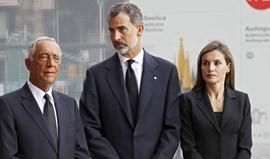 Marcelo e Costa presentes em missa em Barcelona