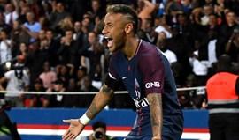 Neymar arrasa direção do Barcelona